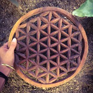 Flor de la Vida de madera