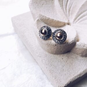 Studs gold & silver